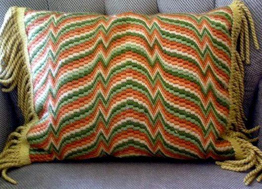 """Диванные подушки в технике """"Барджелло"""""""