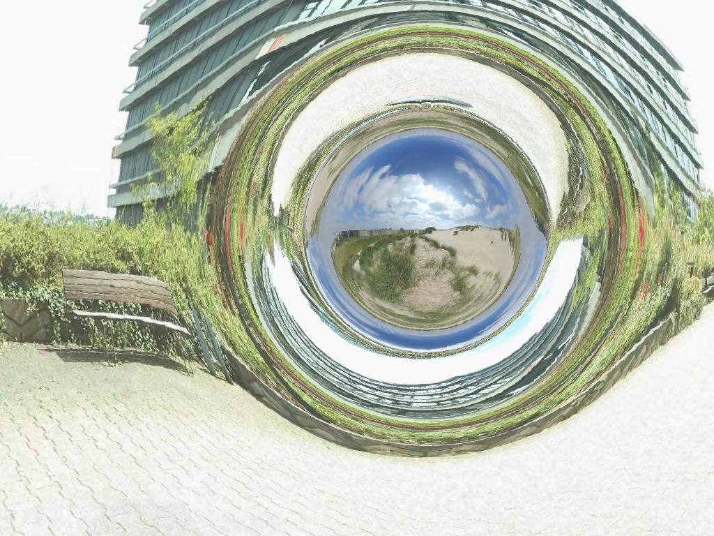 Симуляция червоточины Морриса— Торна / © Wikimedia Commons