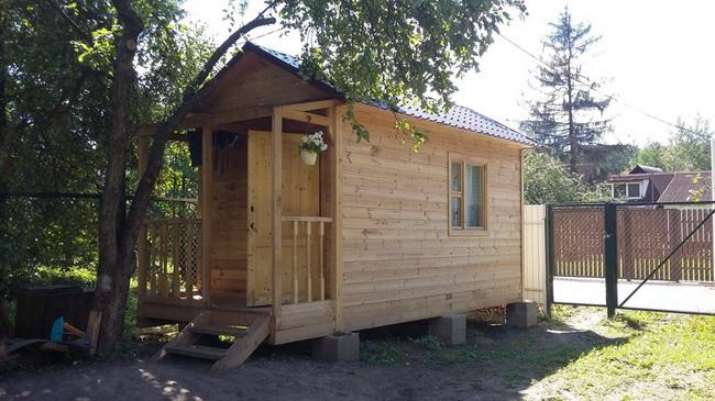 Как построить летний домик за 2 недели?
