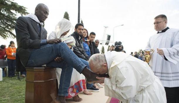 Папа Римский призвал поощрять и интегрировать мигрантов