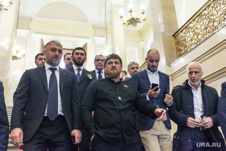 Вернуться: парад звезд на сцене чеченской государственной филармонии!