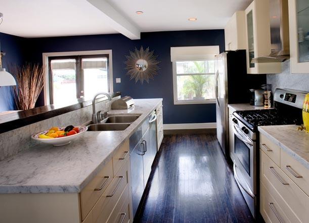 Шторы на кухню с двумя окнами