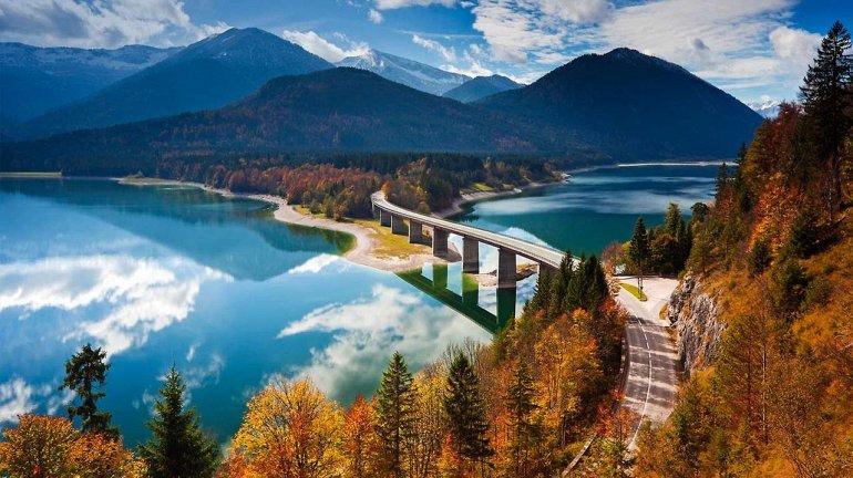 Озеро Сильвенштайн в Баварии