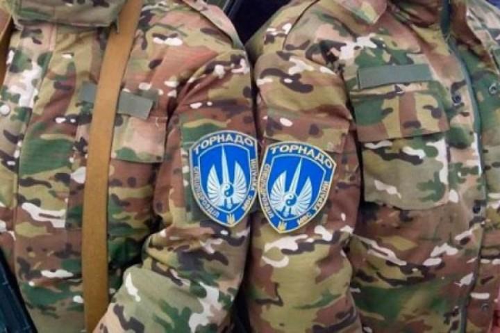 Батальоны просят огня: «Торнадо» угрожает взорвать КАМАЗы с боеприпасами