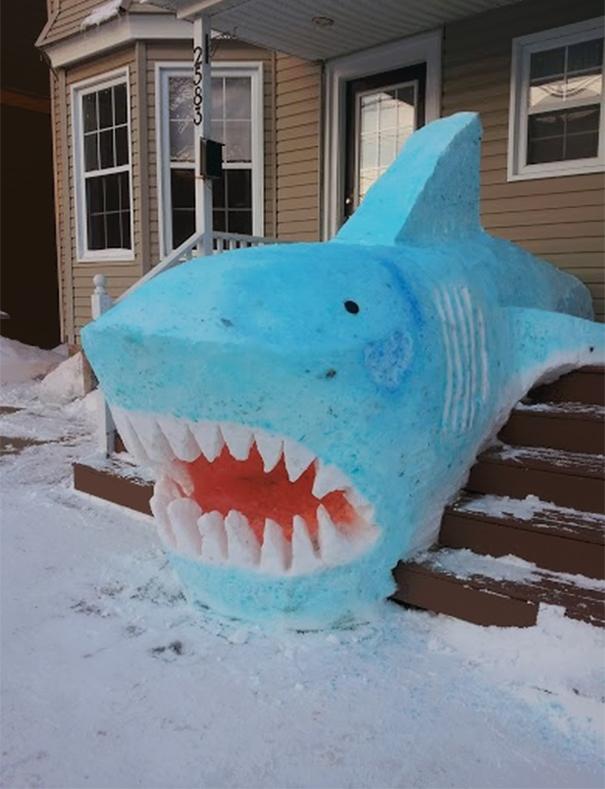 snow-sculpture-art-snowman-winter-12__605
