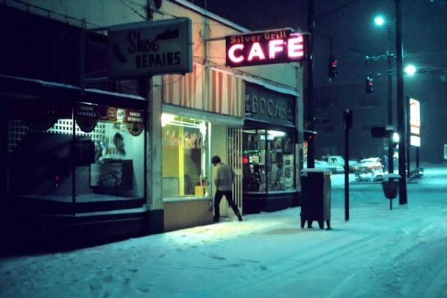 Гипнотический и депрессивный Ванкувер на фото: «Печальнотаун»