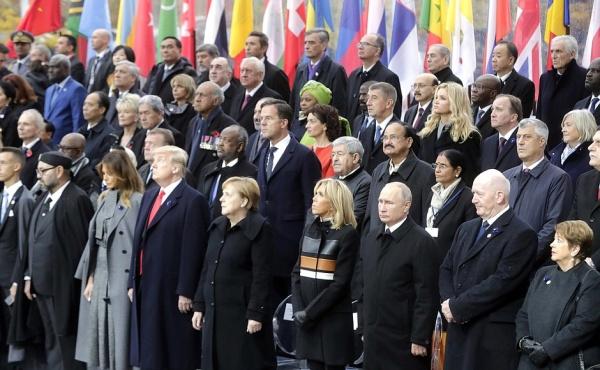 Вучич недоумевает поповоду рукопожатия Путина иТачи