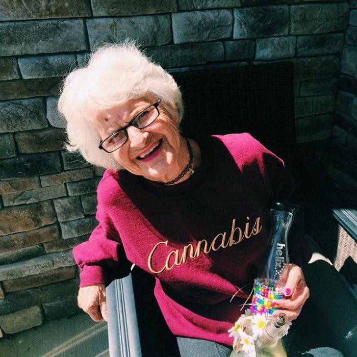 86-летняя бабуля Baddie Winkle и ее офигеннный Instagram