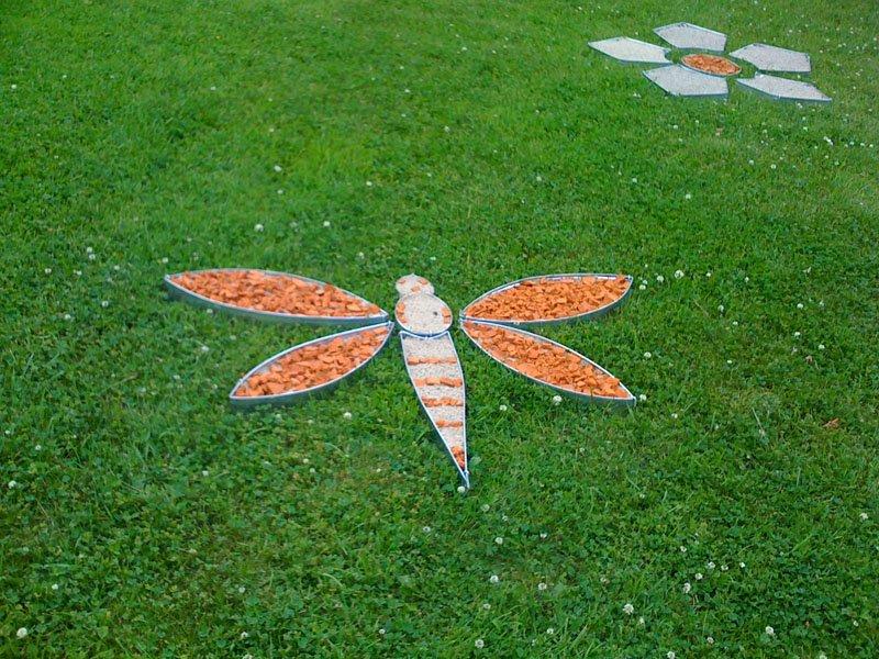 декоративный огород, грядки необычной формы, необычная геометрия форма грядок и клумб на огороде