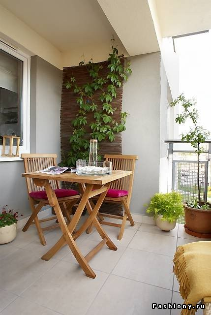 Идеи для оформления закрытых балконов и лоджий.