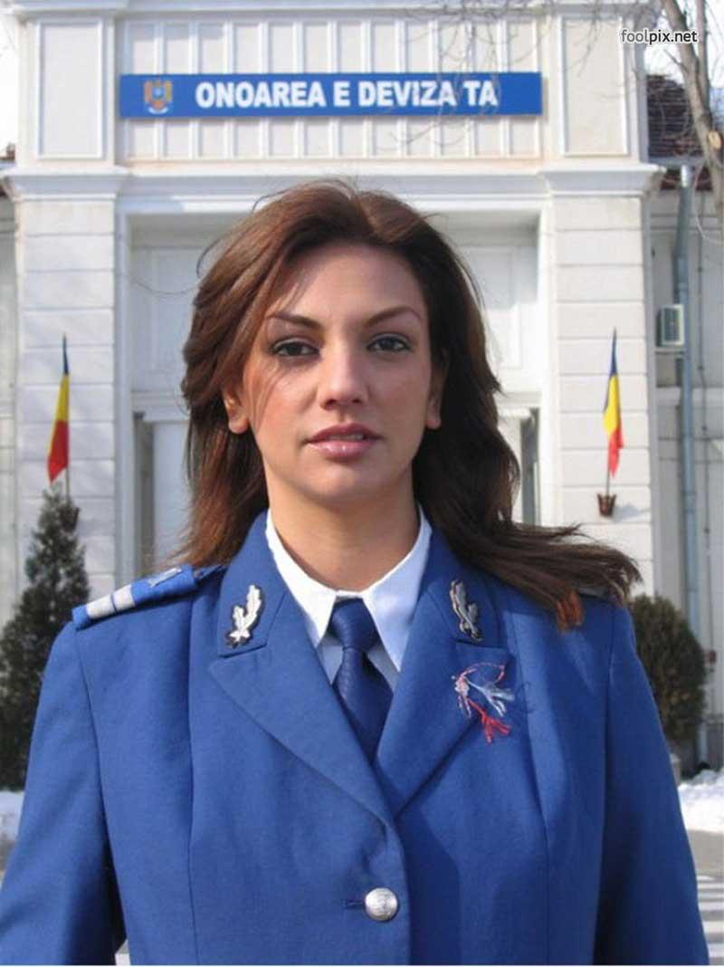 Девушки на службе в армии фото 32