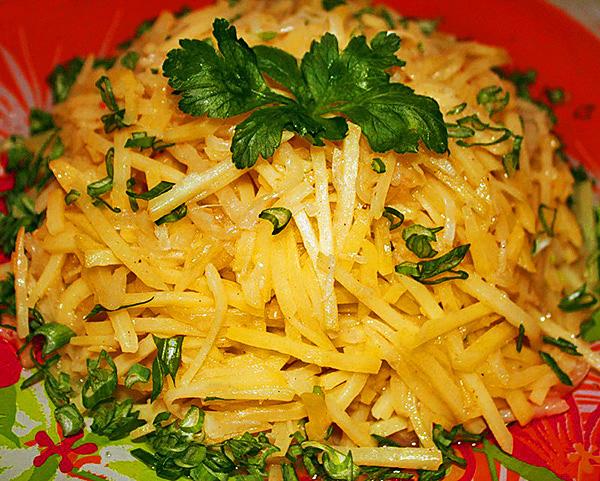Салат из картофеля и мяса