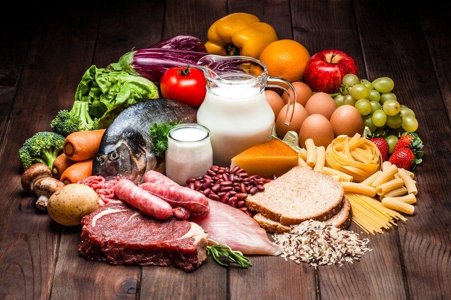 Сбалансированное питание, которое помогает похудеть, должно быть разнообразным инеосновываться назапретах