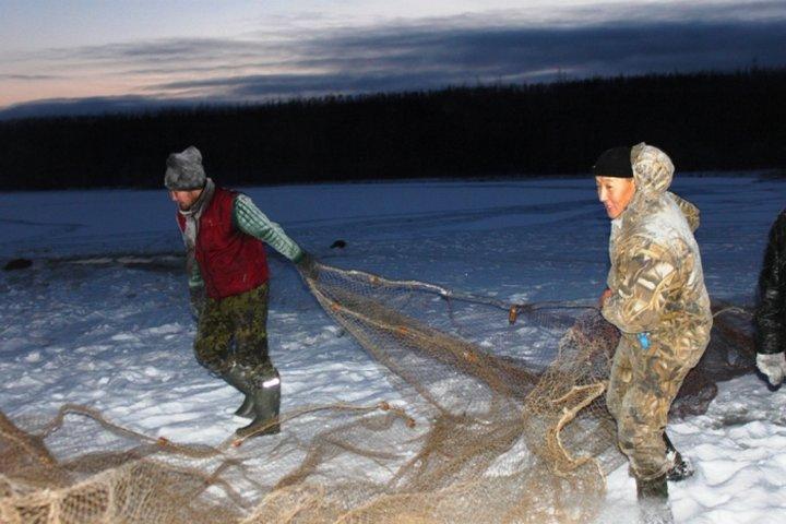 на что и как ловить рыбу в якутии