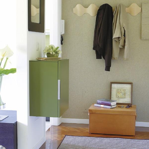 Как сэкономить место в прихожей: 5 простых советов