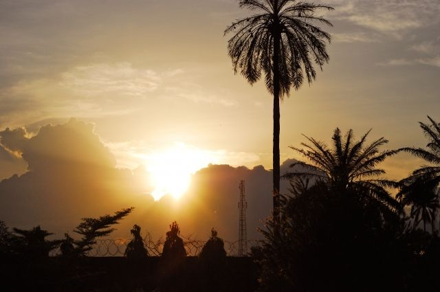У побережья Нигерии пираты похитили 12 человек со швейцарского сухогруза