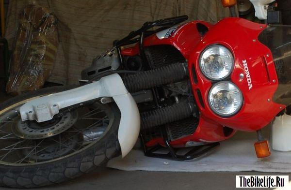 Защитные дуги для мотоцикла.