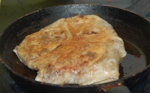 Горячая закуска в лаваше - просто, сочно, сытно!