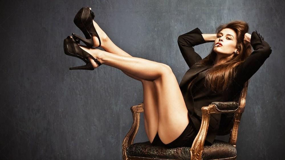 Туфли на шпильках. женщина, мужчины, одежда