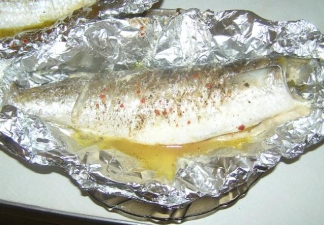 Салаты с копченой рыбой фото