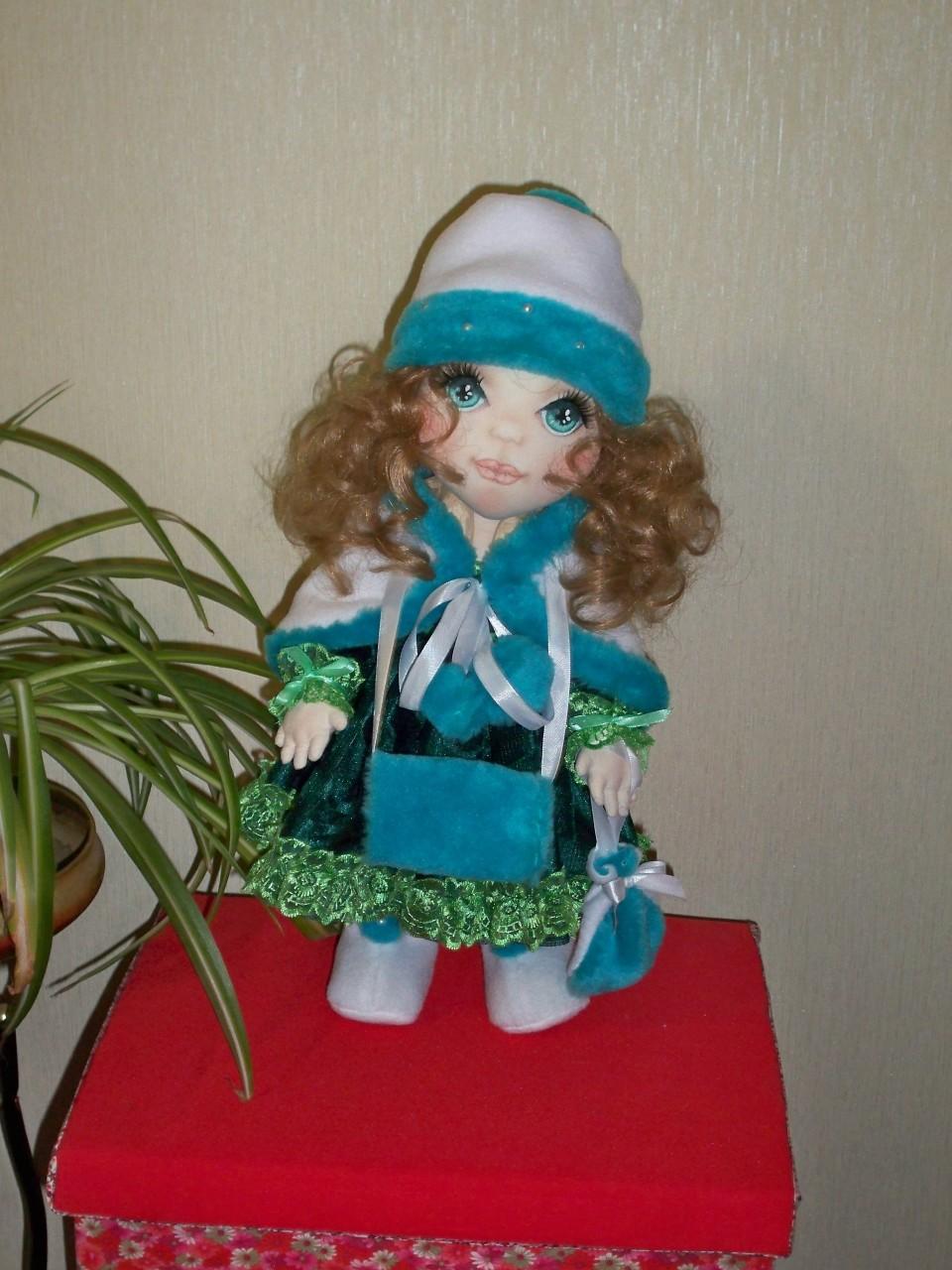 Текстильная интерьерная кукла КСЮША