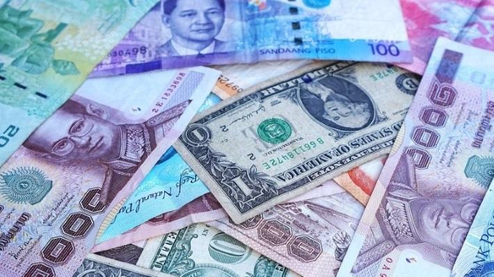 Мнение: Москва использовала падение рубля и санкции США как дымовую завесу