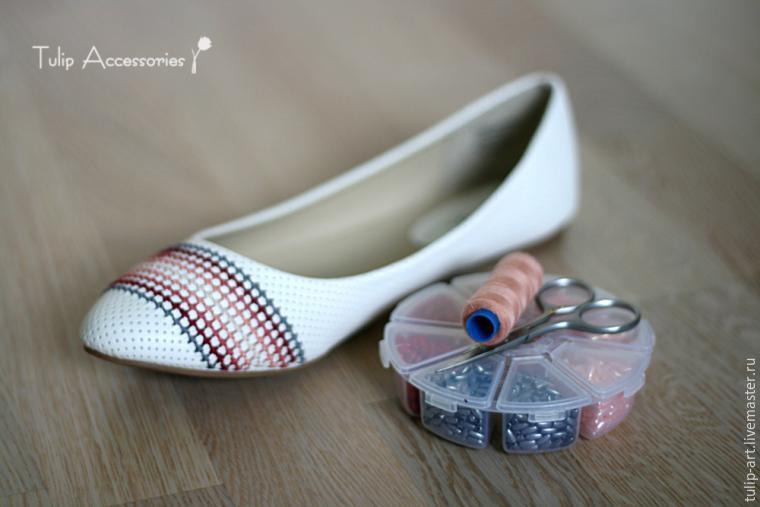 Стежок за стежком: обновляем балетки при помощи вышивки