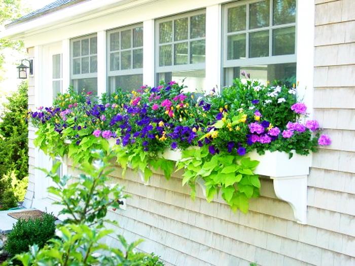 Ящики для цветов: красивое украшение балкона- ihouzz.ru.