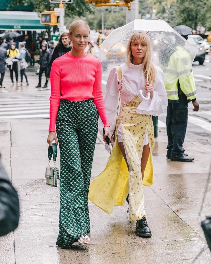 женские брюки в узор