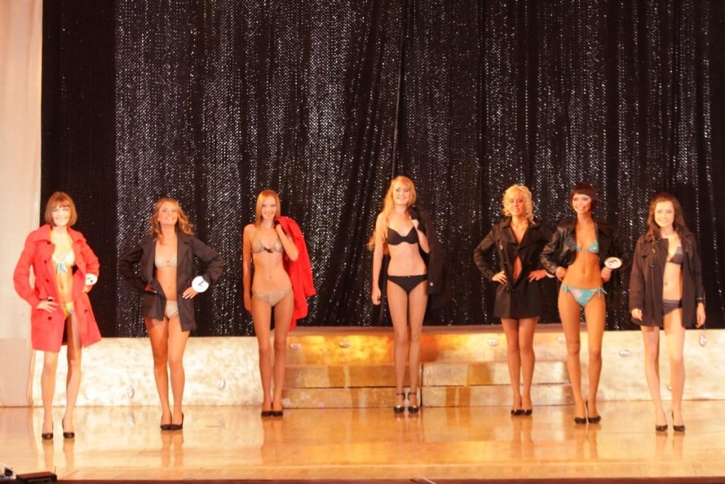 фото частные девушек свердловской области