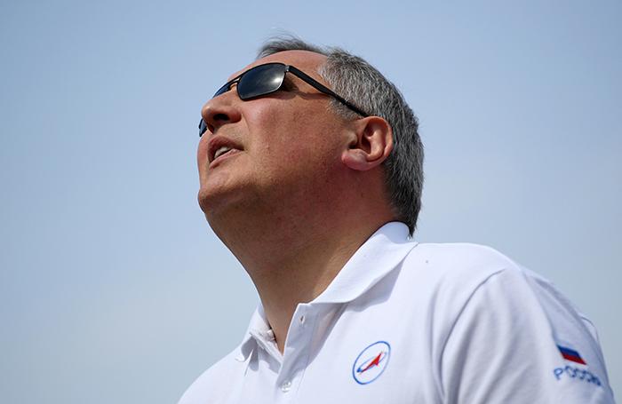 Рогозин снова в центре внимания СМИ