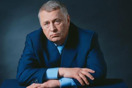 Жириновский потребовал отставки Канделаки и вступился за «Бесогон»