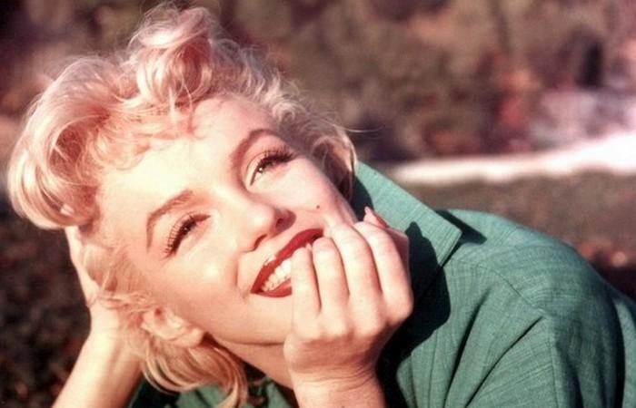 Таинственная Мэрилин: 20 редких фотографий и малоизвестных фактов о самой очаровательно блондинке