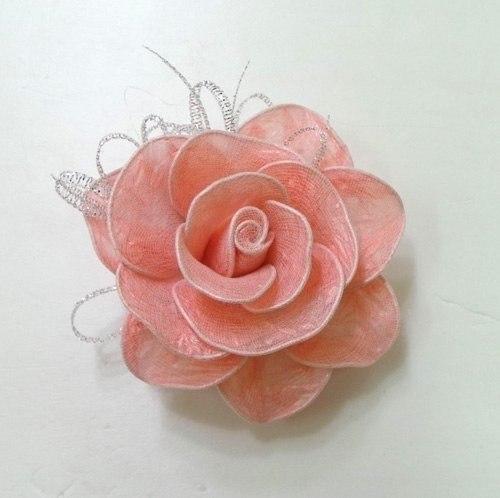 Розы из целлофановых пакетиков