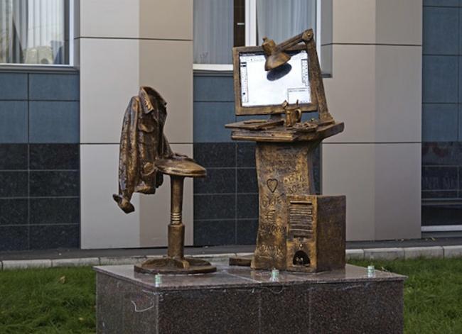15 самых необычных скульптур со всего мира