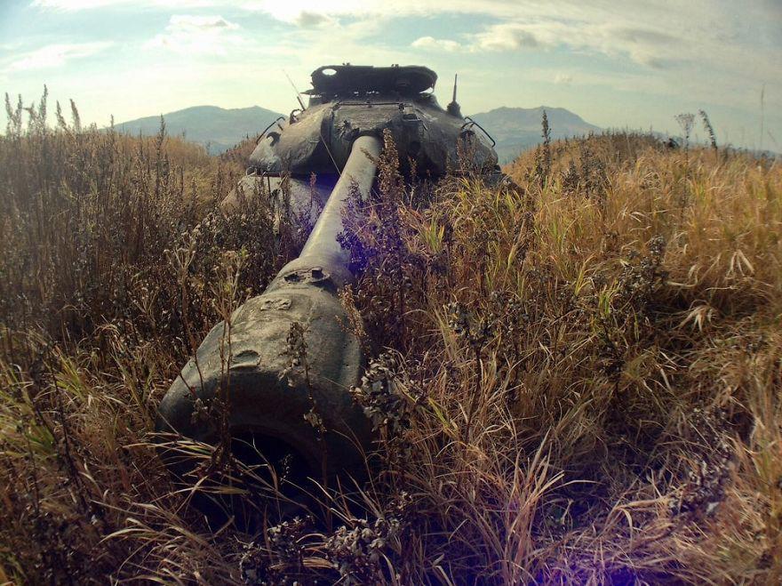 Ржавые танки на дальних рубежах.