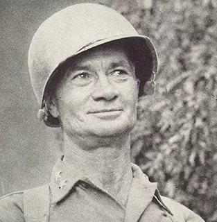 Отчаянно бравый вояка. В день, когда стал генералом, первые поздравления получил от гауптвахты