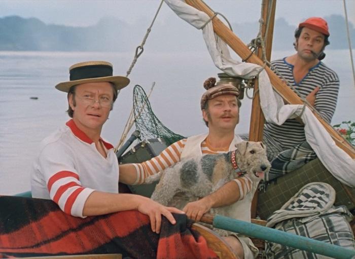 трое в лодке не считая собаки перевод на английский