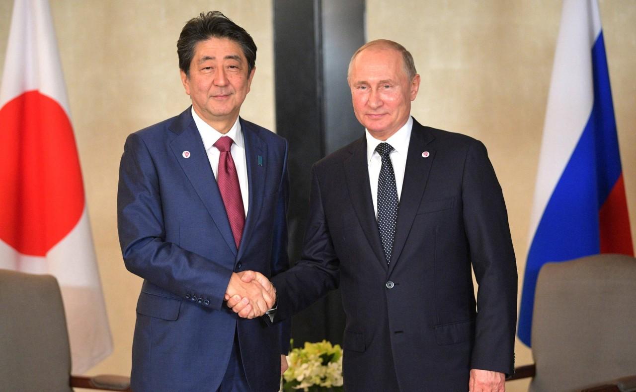 Путин и Абэ обсудят Курилы