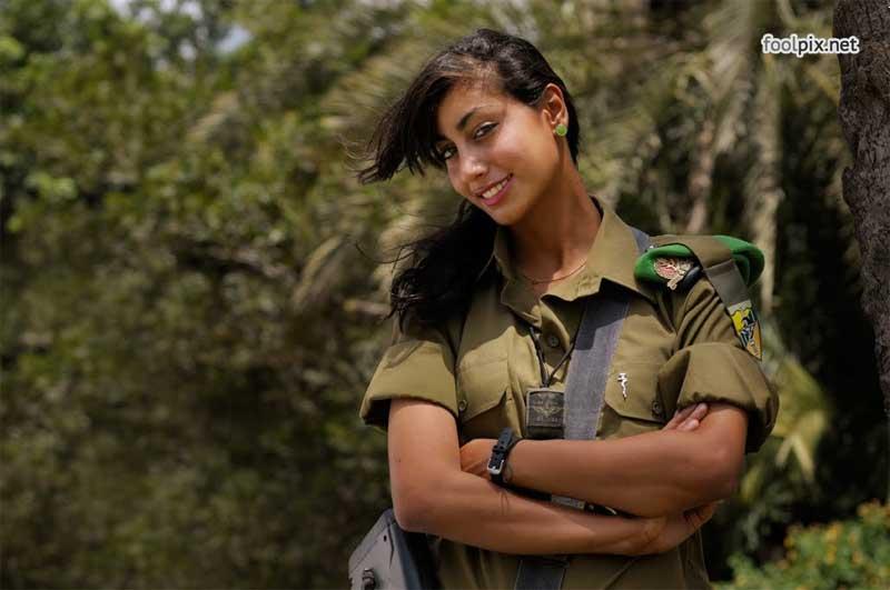 Девушки на службе в армии фото 53