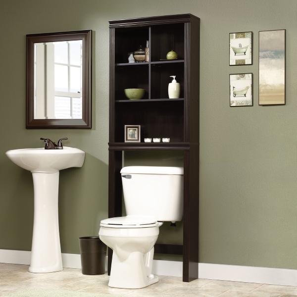 Шкаф в туалете - фото мебели для ванной