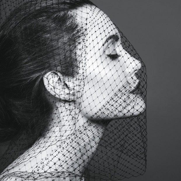 Новая шикарная фотосессия и паралич лицевого нерва Анджелины Джоли