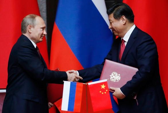 Россиянам и Путину пришел новогодний привет из Китая
