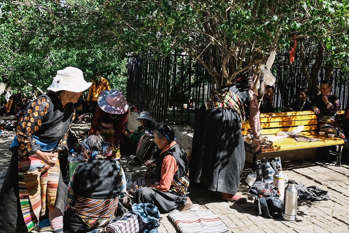 shigadze17 В поисках волшебства: Шигадзе, резиденция Панчен ламы и китайский рынок