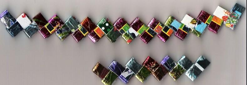 Штора из фантиков от конфет своими руками