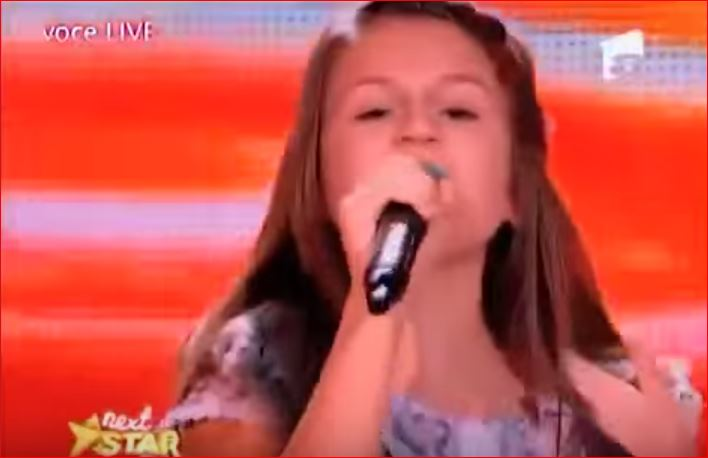 Румынская девочка потрясла публику, исполнив песню на русском