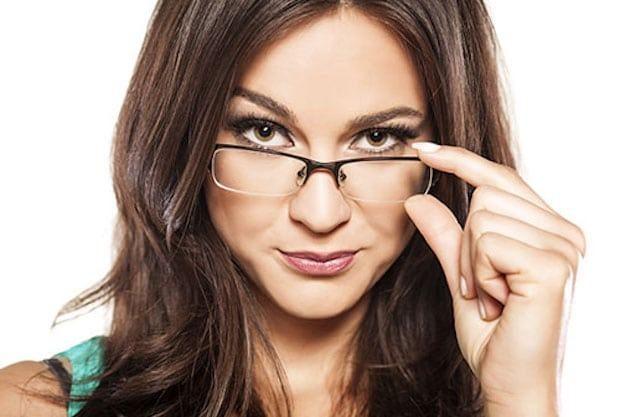 Научно доказано: очкарики на самом деле умнее остальных