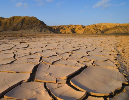 Климатологи: Часть Казахстана может превратиться вбезводный край