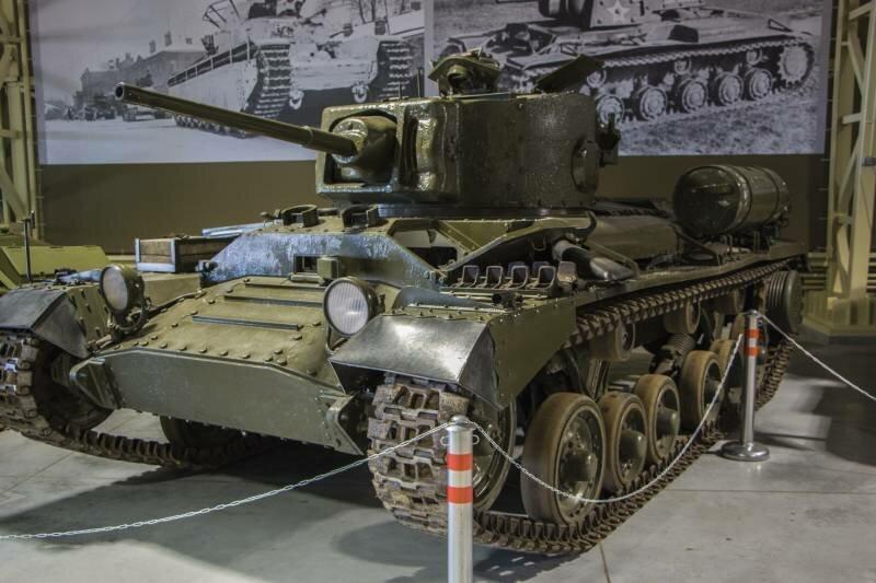 Пехотный танк Mk.III «Валентайн» снаружи и внутри