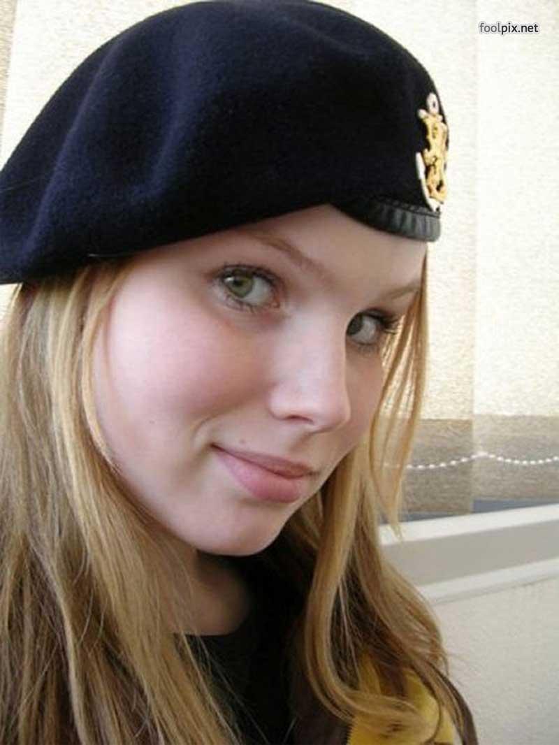 Девушки на службе в армии фото 3